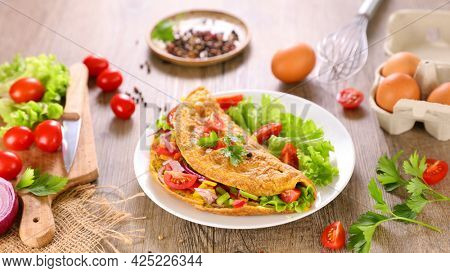 omelet with vegetable and lettuce