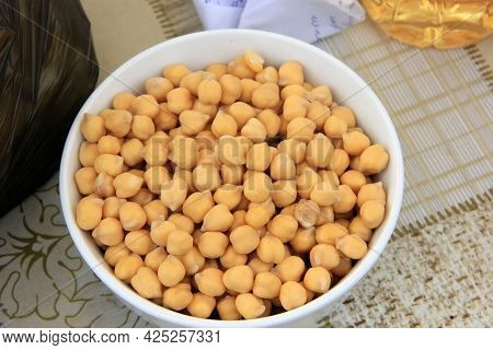 Soaked Turkish Chickpeas Cups On The Table Close-up