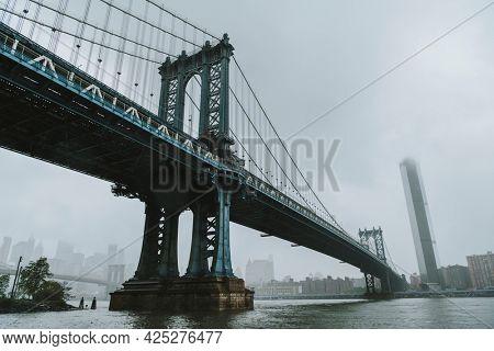 The Manhattan Bridge in  New York City, USA
