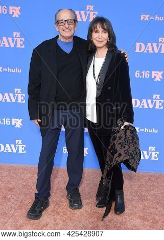 LOS ANGELES - JUN 16: David Paymer and Gina Hecht arrives for the 'Dave' Season 2 Premiere on June 16, 2021 in Los Angeles, CA