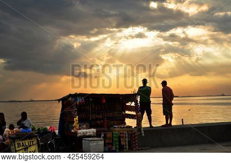 Small Local Shop Of Philippine People Sale Product To Filipino People And Foreign Travelers With Sun