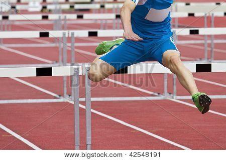 Single Hurdle Runner