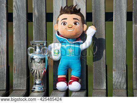 April 22, 2021 Moscow, Russia. The Mascot Of The Uefa European Football Championship Euro 2020 Skill