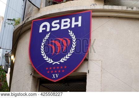 Béziers , Ocitanie France  - 06 25 2021 :  Asbh Boutique Logo Brand And Text Sign Of Association Spo