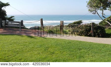 Seagrove Recreation Beach Park In Del Mar, California Usa. Seaside Garden With Lawn In Waterfront Re