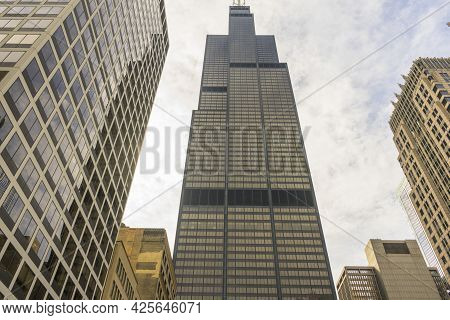 Chicago, Illinois - April 22,2018 : Chicago Skyline With The Willis Tower (formerly Sears Tower) Tak
