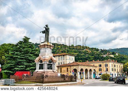 Monument To Arnold Of Brescia In Brescia - Lombardy, Italy