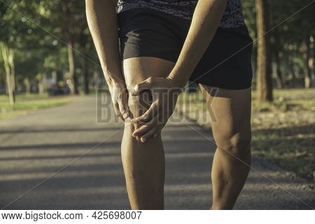 Man Get Injured For Him Knee Walking On The Road Exercise Outdoor Accident For His Knee The Image Is