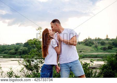 Budget-friendly Honeymoon Destinations, Romantic Getaway, Solo Couple Travel. Couple In Love, Newlyw
