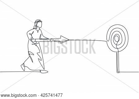 Single One Line Drawing Young Attractive Arab Male Entrepreneur Holding Arrow Spear To Hit Target. B
