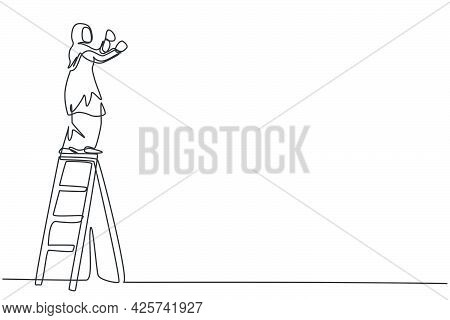 Continuous One Line Drawing Of Young Arabic Female Worker Climb The Ladder To Fix Rooftop House. Suc