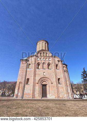 Friday Church In Chernihiv. Church Of The Holy Martyr Paraskevi Fridays At Torg. The Orthodox Church