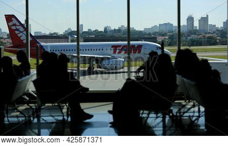 Airbus A321 From Tam Company