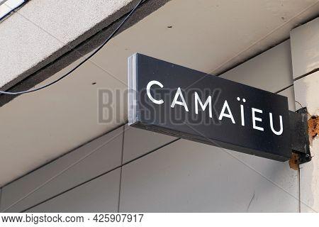 Toulouse , Ocitanie France  - 06 30 2021 : Camaieu Logo Brand And Sign Text On Store Of Camaïeu Bout