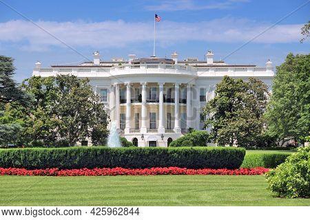 White House In Washington D.c. United States National Landmark.