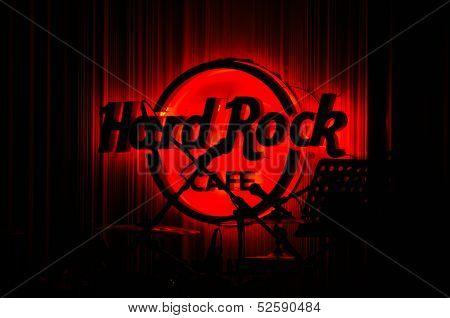 Red Hard Rock Cafe in Concert
