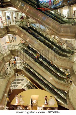 Shopping Mall 4