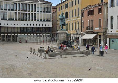 Plaza Manin