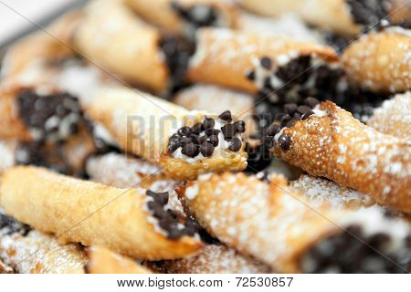 Fresh Cannolis For Dessert
