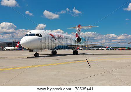 Austrian Arrows Fokker 70
