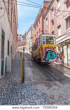 Gloria Funicular In Lisbon