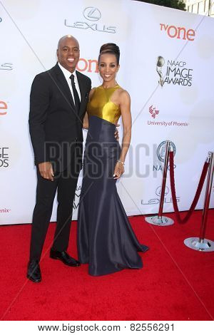 LOS ANGELES - FEB 6:  Kevin Frazier, Shaun Robinson at the 46th NAACP Image Awards Arrivals at a Pasadena Convention Center on February 6, 2015 in Pasadena, CA