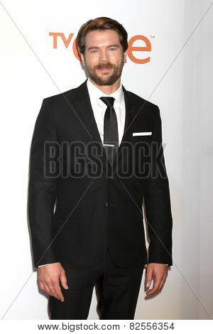 LOS ANGELES - FEB 6:  Charlie Weber at the 46th NAACP Image Awards Arrivals at a Pasadena Convention Center on February 6, 2015 in Pasadena, CA