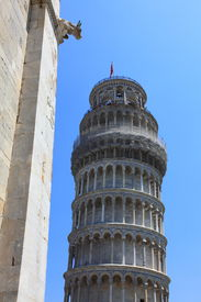 Leaning Tower of Pisa (21MP)
