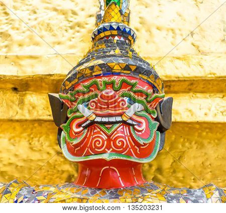 Close Up Thai Giant Statue At Golden Pagoda At At Grand Palace, Temple Of The Emerald Buddha (wat Pr