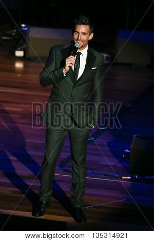 NASHVILLE, TN-SEP 1: Jake Owen hosts the 9th Annual ACM Honors at the Ryman Auditorium on September 1, 2015 in Nashville, Tennessee.