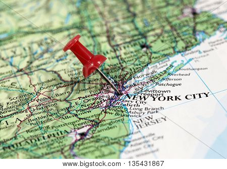 Map with pin point of New York City in USA