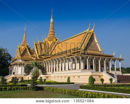 New Golden temple in Phnom Penh Cambodia