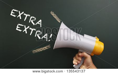 megaphone with text extra extra