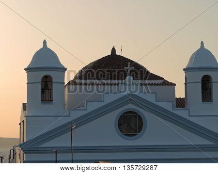 Church under sunset light - Chiesa sotto la luce del tramonto