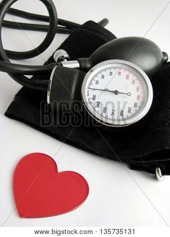 medical set and heart