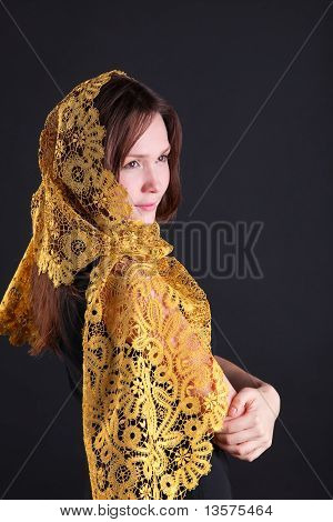 Beauty smile woman in yellow tippet