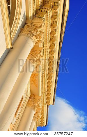 architecture detail of corinthian column with blue sky
