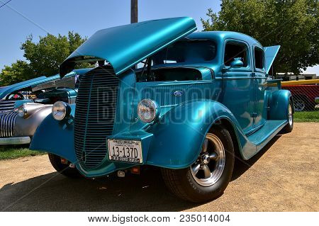 Yankton, South Dakota, August 19, 2017: The Restored Classic Hot Rod, 1937 Ford Pickup Is Displayed