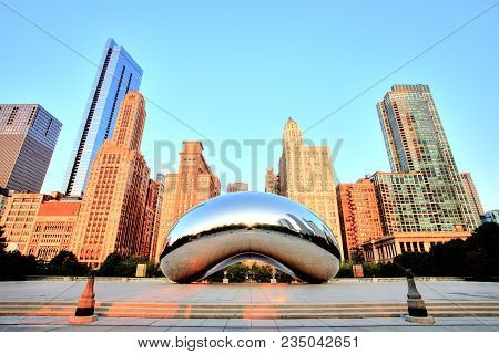 Cloud Gate - The Bean In Millennium Park At Sunrise, Chicago