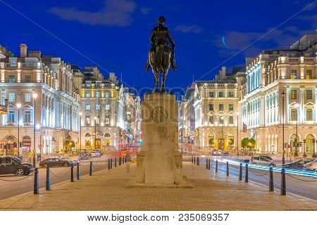 London, United Kingdom - March 26: Night View Of The King Edward Vii Statue With Traditional British