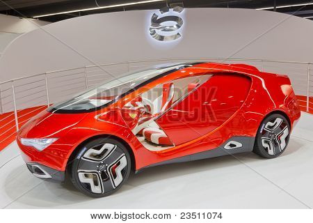 FRANKFURT - SEP 17: Yo-mobile car shown at the 64th Internationale Automobil Ausstellung (IAA) on September 17, 2011 in Frankfurt, Germany.