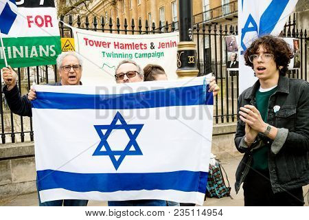 London, United Kingdom, 7st April 2018:- Pro Israel Protesters Gather Outside Downing Street In Lond