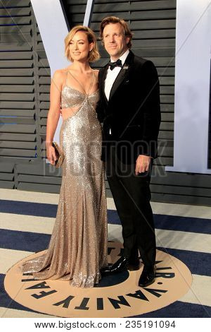 LOS ANGELES - MAR 4:  Olivia Wilde, Jason Sudeikis at the 24th Vanity Fair Oscar After-Party at the Wallis Annenberg Center for the Performing Arts on March 4, 2018 in Beverly Hills, CA