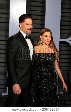 LOS ANGELES - MAR 4:  Sofia Vergara, Joe Manganiello at the 24th Vanity Fair Oscar After-Party at the Wallis Annenberg Center for the Performing Arts on March 4, 2018 in Beverly Hills, CA