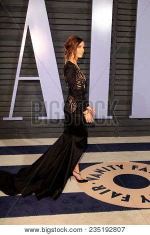 LOS ANGELES - MAR 4:  Catt Sadler at the 24th Vanity Fair Oscar After-Party at the Wallis Annenberg Center for the Performing Arts on March 4, 2018 in Beverly Hills, CA