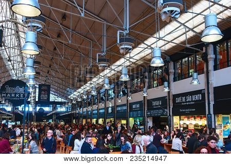 Lisbon, Portugal - March 29, 2018: People Dining At Food Market Mercado Da Ribeira, Time Out In Lisb