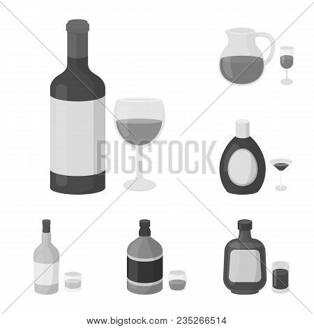 Types Of Alcohol Monochrome Icons In Set Collection For Design. Alcohol In Bottles Vector Symbol Sto
