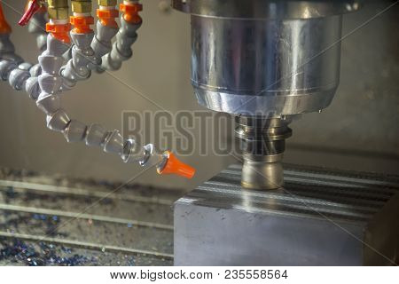 The Cnc Milling Machine Cutting The Mold Base With The Indexable Tool.