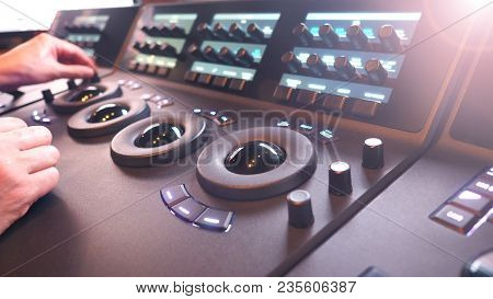 Color Grading Controller Machine In Telecine Lab