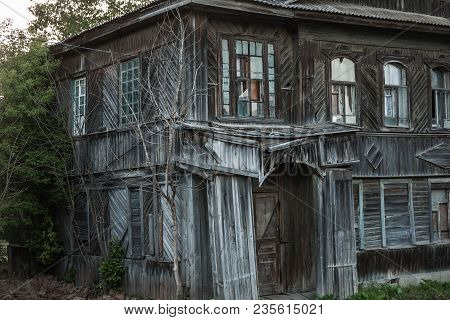 Old Wooden House At The Vyshniy Volochek, Russia. A Lot Of Masterpiece Of Wooden Architecture Are Di
